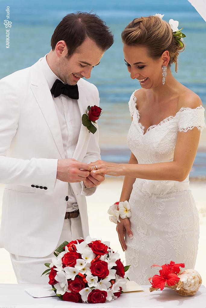 Albina & Matthew in Seychelles