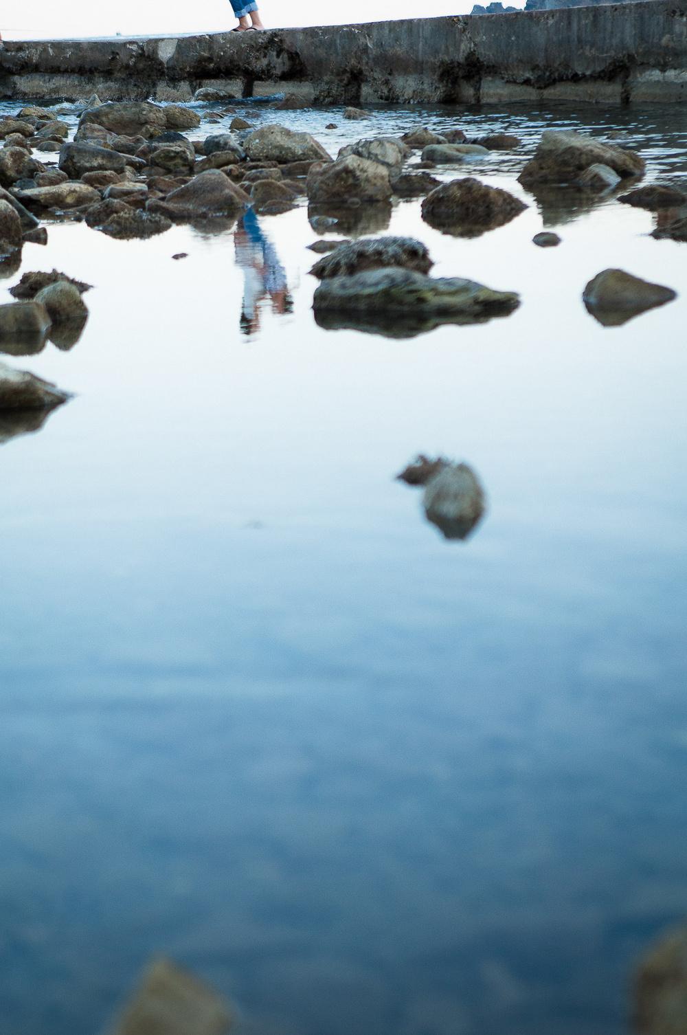 Прогулка у моря на закате