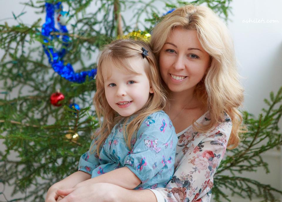 Дочки-матери. Оля и Полиночка.