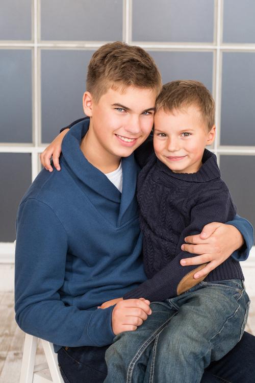 Дина и ее мальчики) Портретики для красивой семьи.