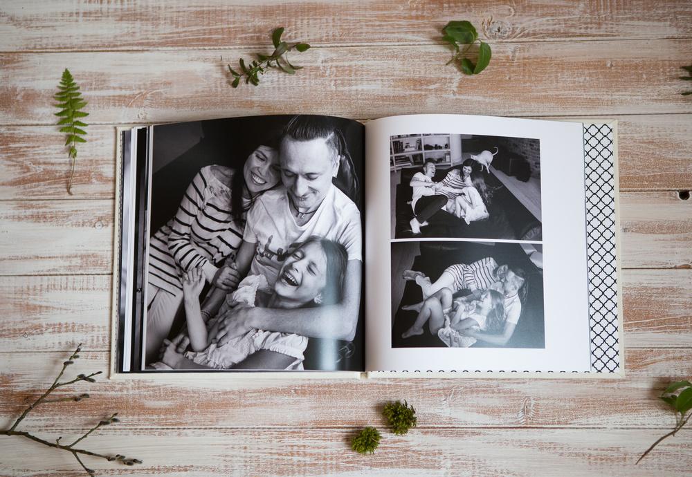 Семейная чернобелая книга