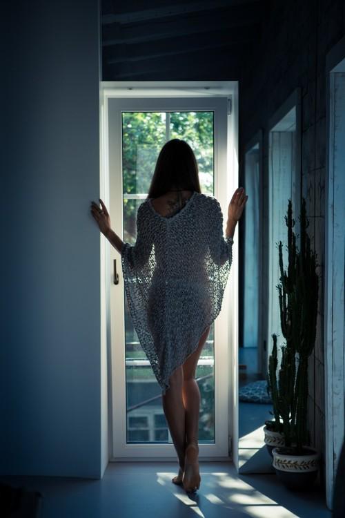 Елена Анциферова, липовый цвет, окошко, ноги и волшебные бутылочки