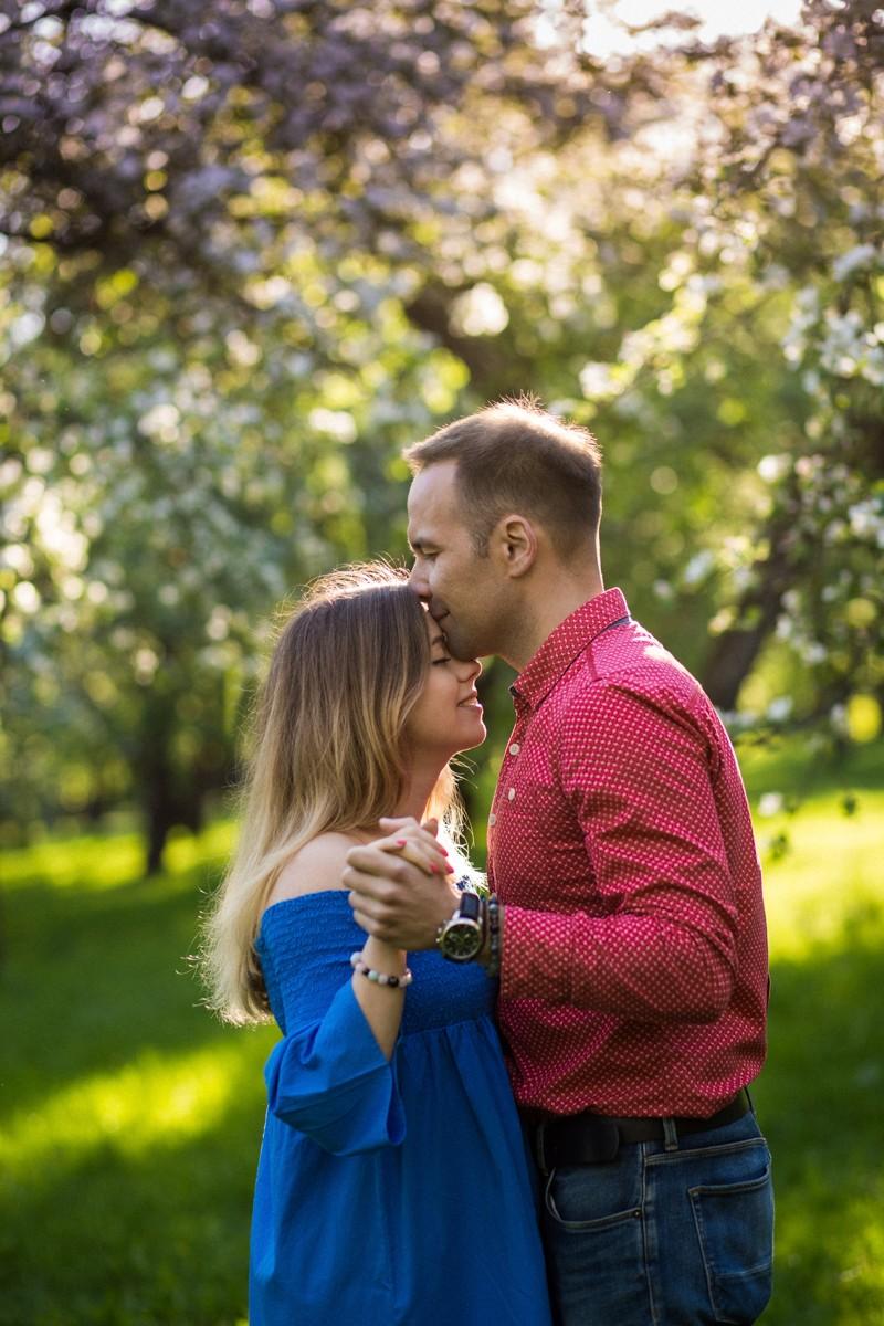 Про цветущие яблони, муми-домик, ваниль и пачули.
