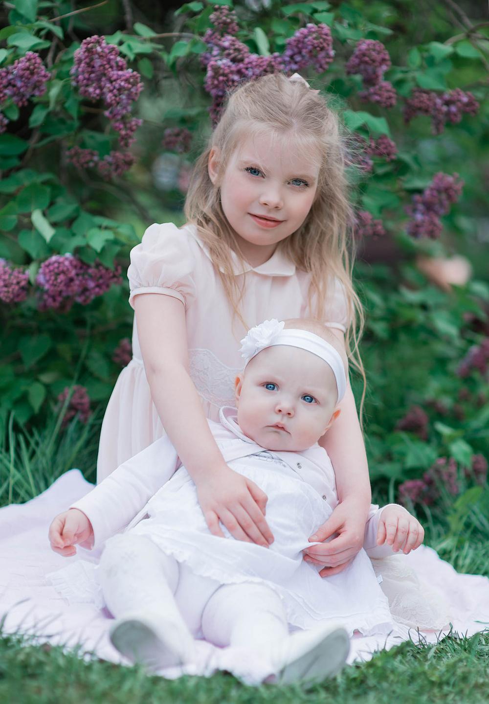 Ульяна и София