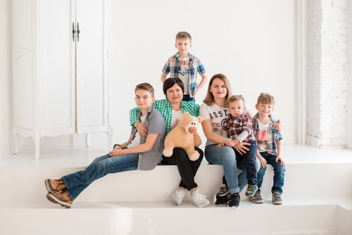 Семейная фотосессия для одной большой семьи