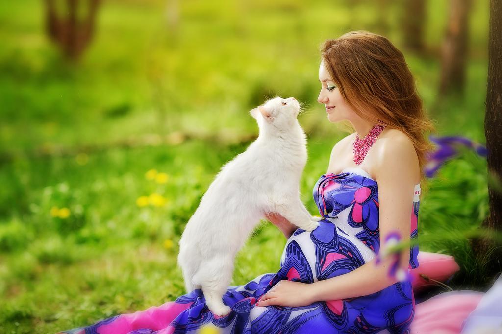 Favorites - Pregnancy /В ожидании малыша - Женщина, которая ждёт ребенка - всегда наделена той особенной красотой, которая привлекает и завораживает. Сохранить очарование этого неповторимого времени, вновь пережить приятные волнения помогут нежные и теплые фотографии. Записаться на фотосессию для будущих мам можно по телефону 89625105018, фотограф Ольга Климахина