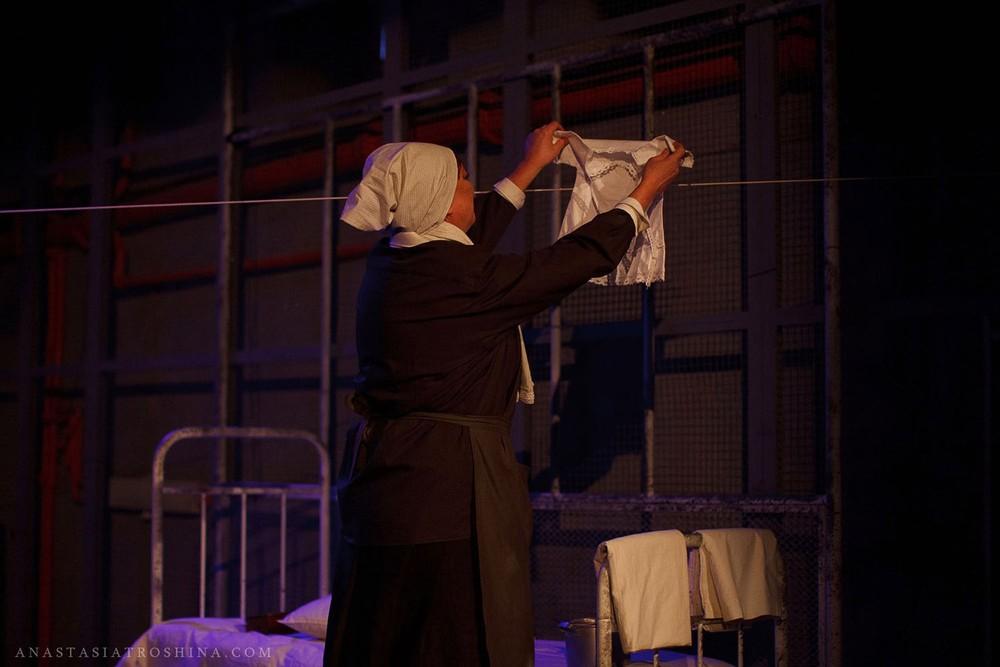 Актриса Ольга Тарасова, театр Российской Армии, премьера спектакля Что с тобой теперь?