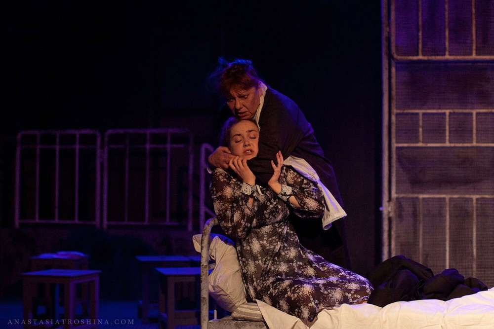 Елизавета Мазалова, Ольга Тарасова, театр Российской Армии, спектакль Что с тобой теперь?