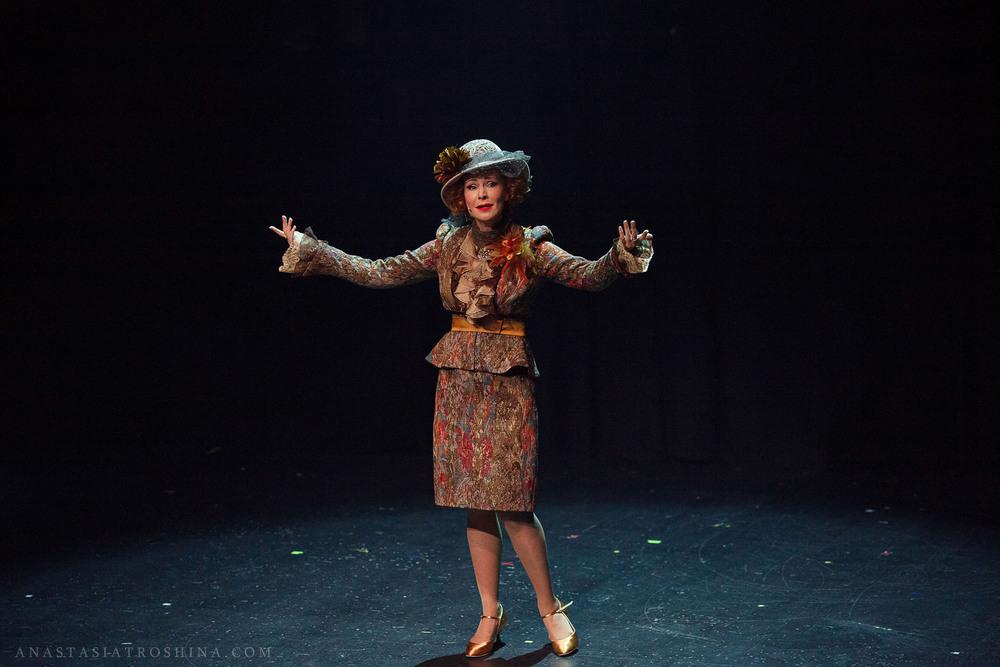 Нонна Гришаева, премьера спектакля Люся. Признание в любви.