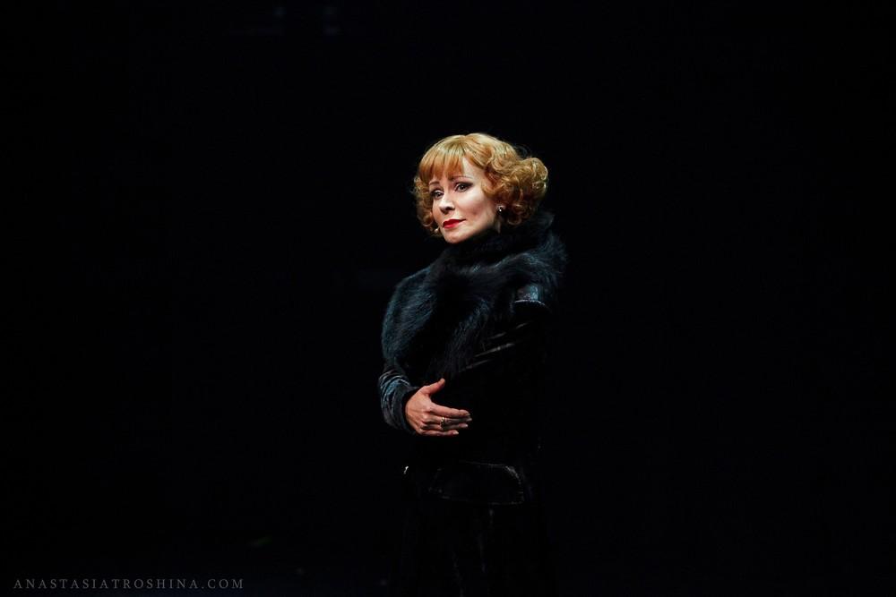 Нонна Гришаева, театр Вахтангова, премьера спектакля Люся. Признание в любви.