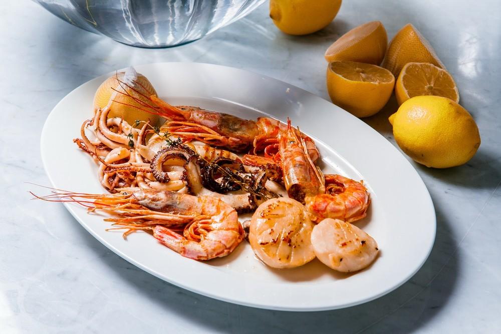Food and Drinks - Ресторан OliOli