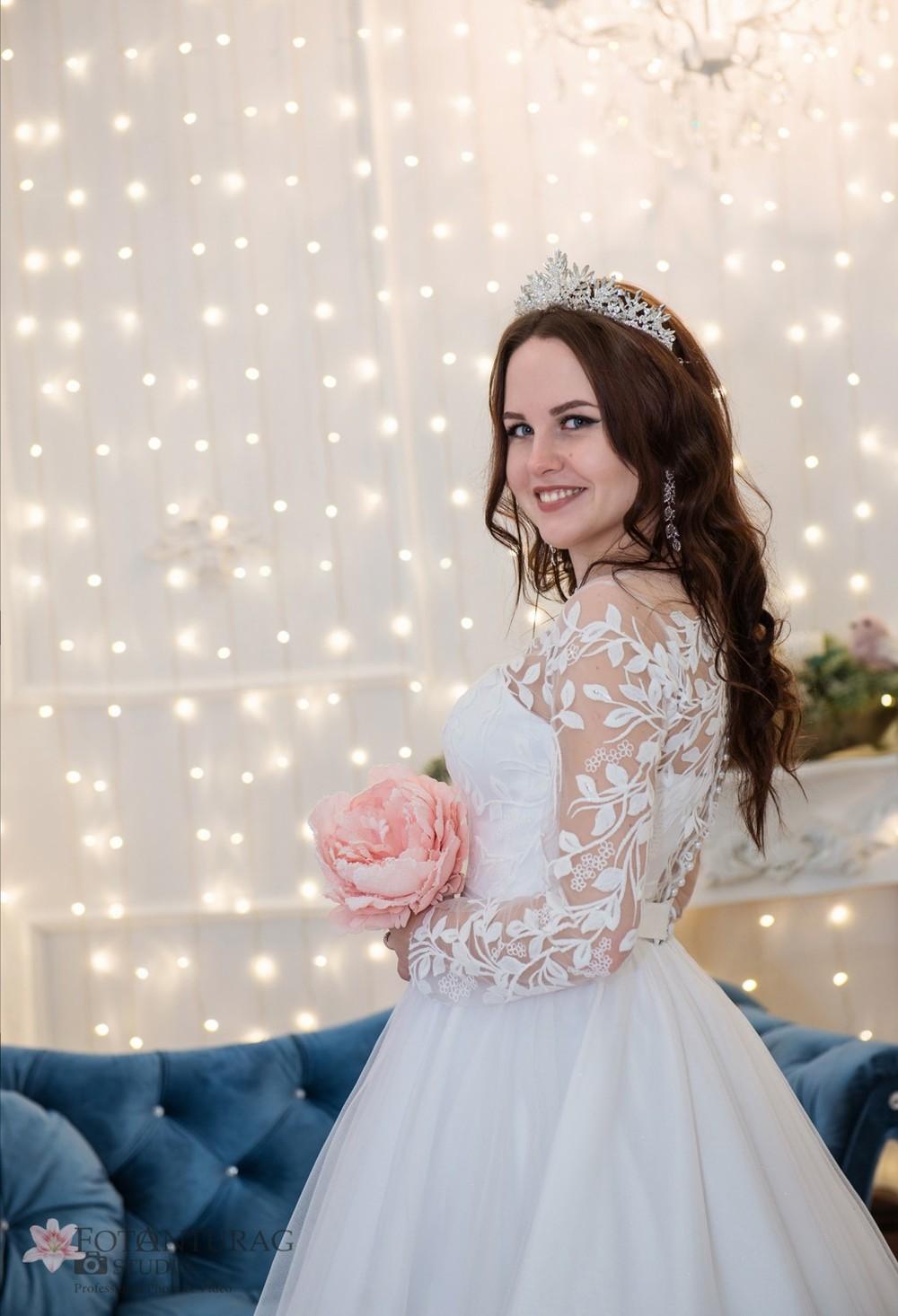 портфолио  - Свадебная фотосессия в студии зимой_Елена