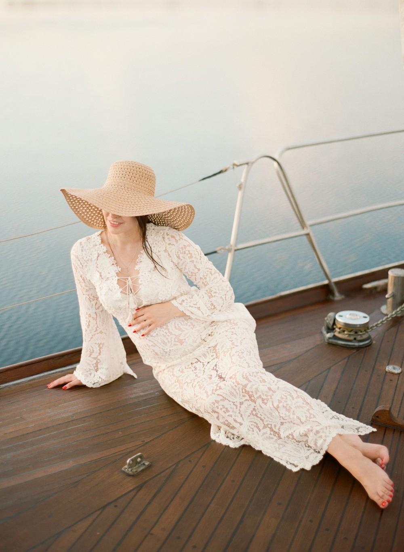 Yacht pregnancy photoshoot. Yana&Dima