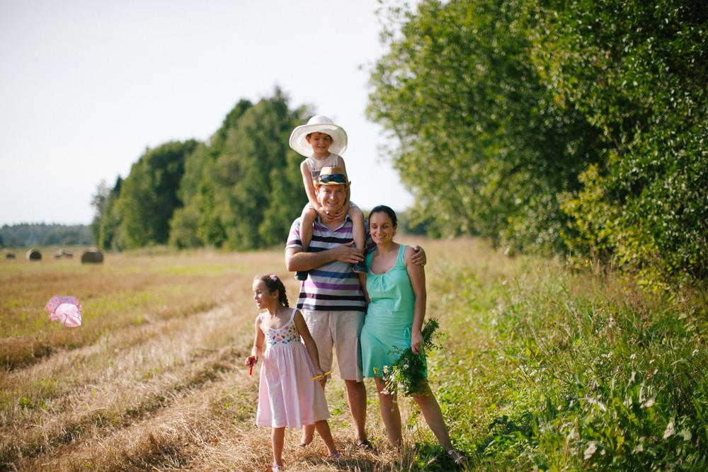 Саша, Лена и дети