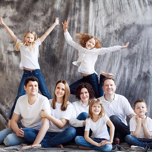 Одна большая семья