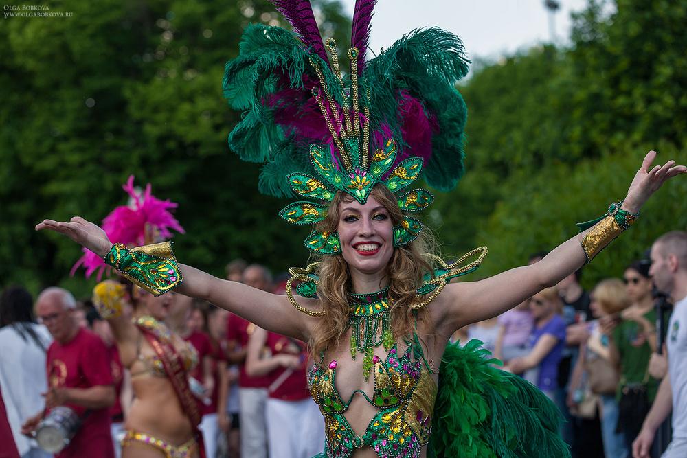 Бразильский карнавал в Москве