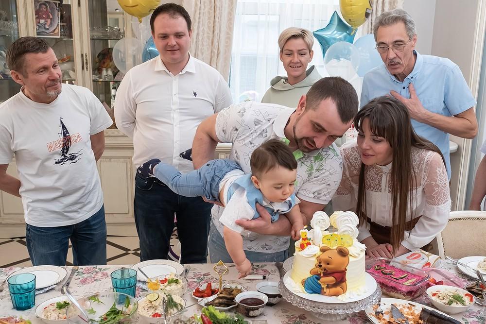 С днем рождения Фёдор!