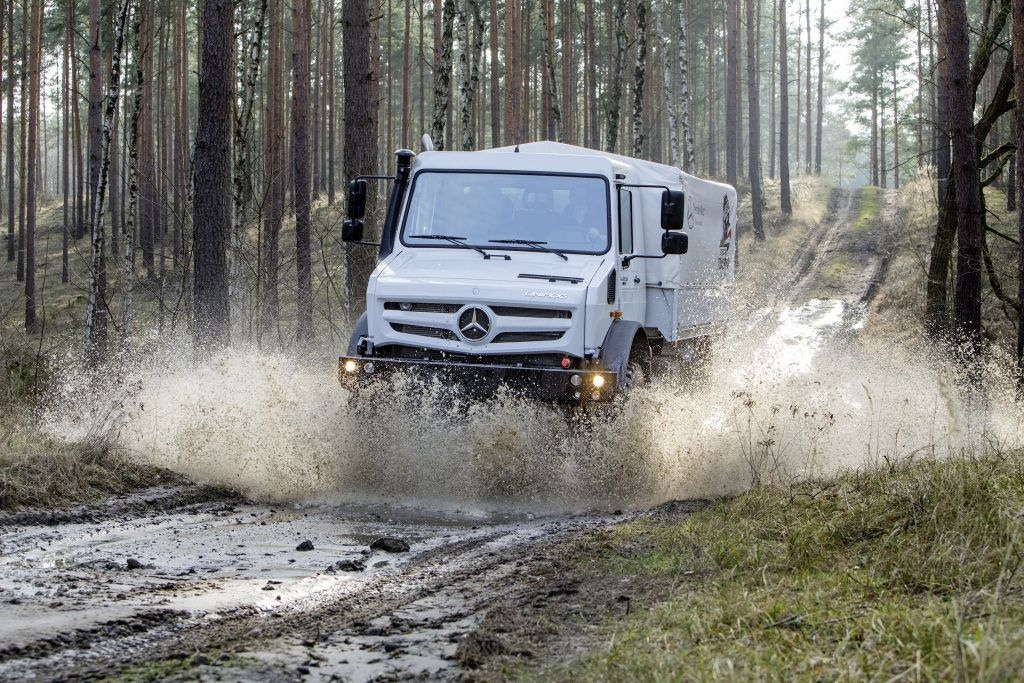 Mercedes Unimog U4023