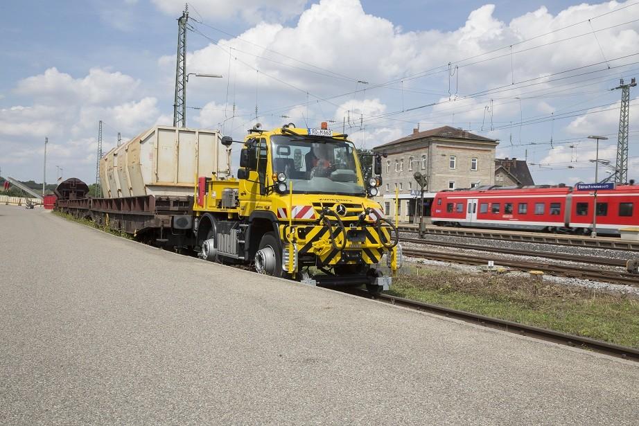 локомобиль mercedes unimog u429