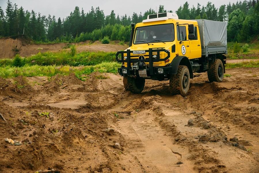 продажа унимогов купить в россии модель U5000_фотография