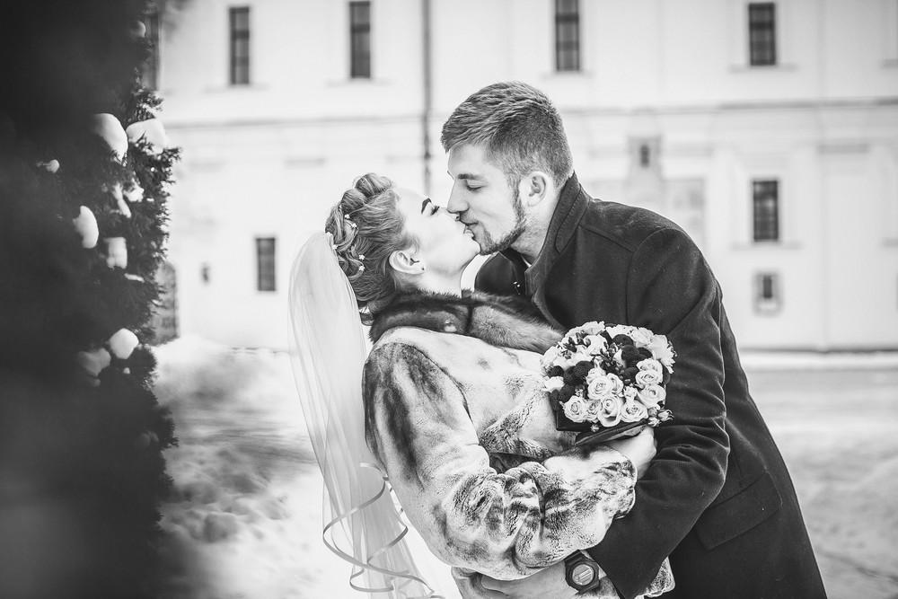 Зимняя черно белая  свадебная фото сессия от Татьяны Поповой