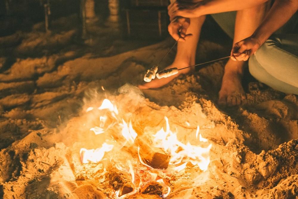 Ночь в палатке у костра
