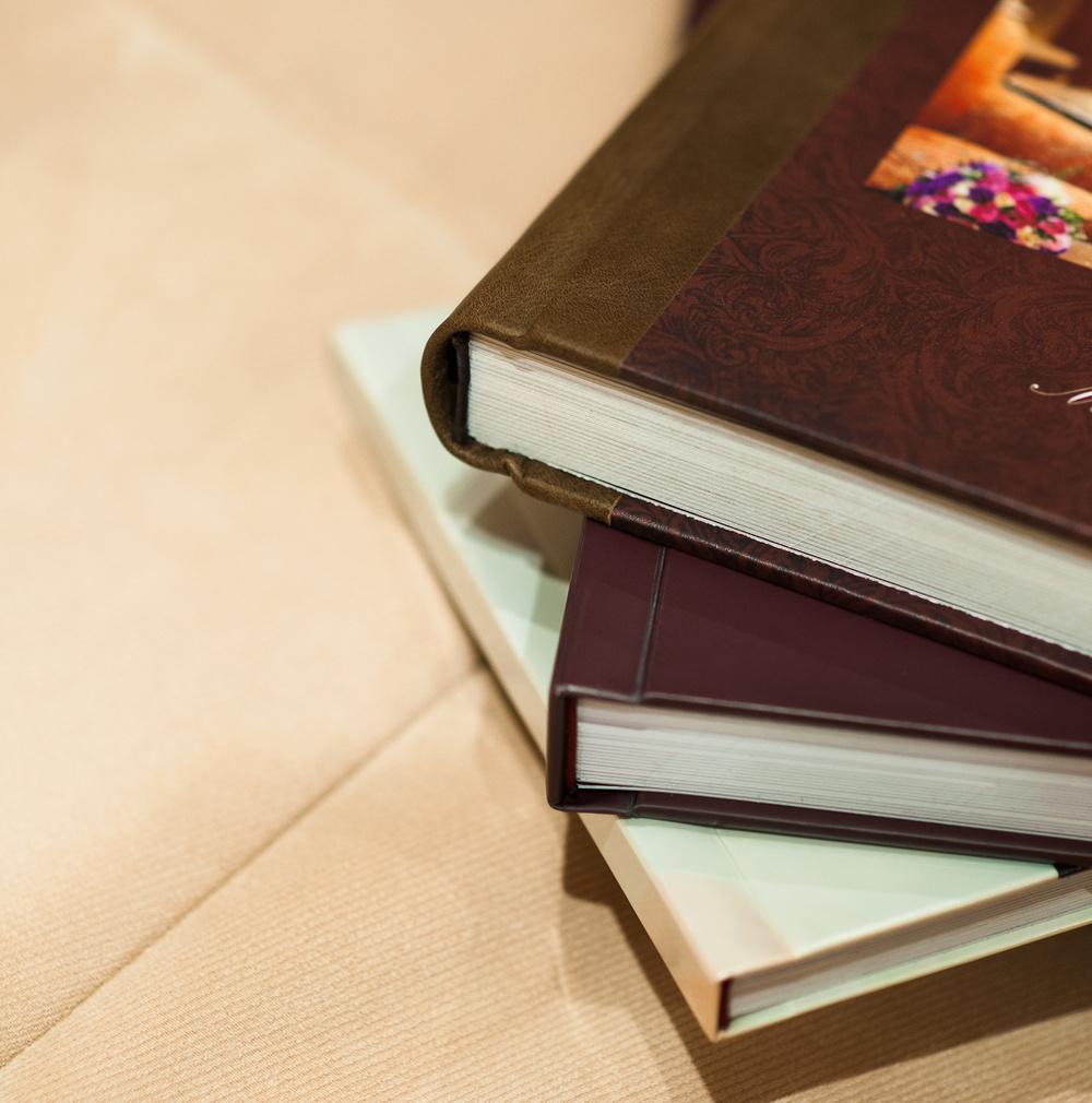 Книги и Картины