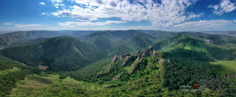 Сибирь Красноярск заповедник Столбы Такмак путешествие фотограф квадрокоптер  пейзаж