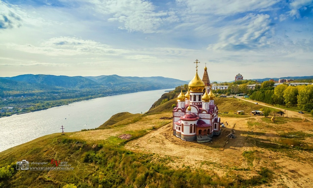 фото Красноярска  высоты квадрокоптер храм церковь
