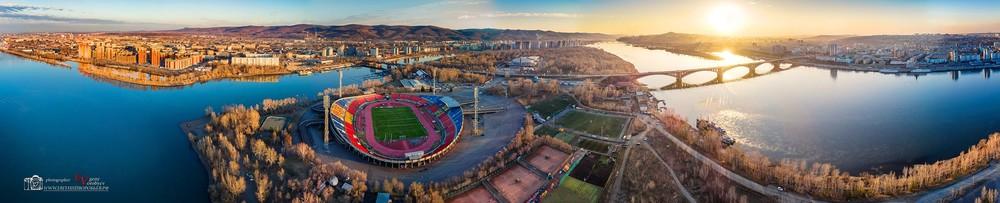 Красноярск  Енисей мост стадион театральная площадь центр красивое место с квадрокоптера с высоты