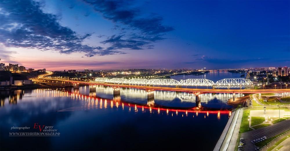 ночной Красноярск мост Енисей железная дорога Тихие зори квадрокоптер аэросъемка дрон фотограф