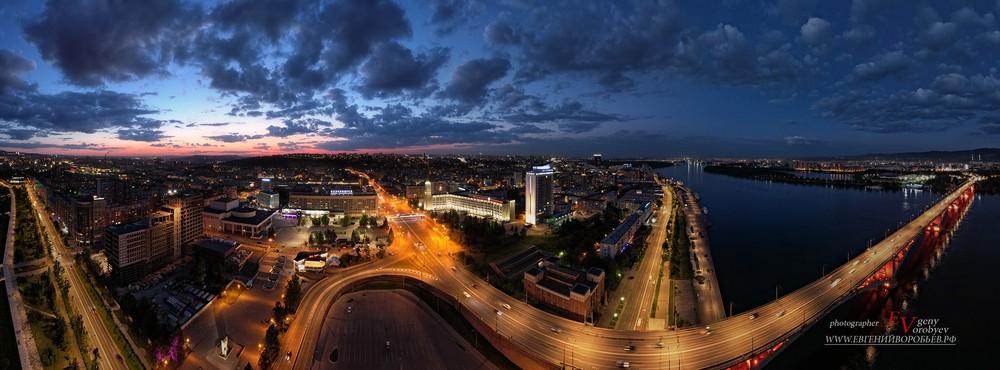 фотограф Красноярск ночь центр города театральная площадь мост Енисей