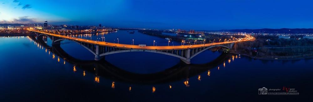 Красноярск коммунальный мост  Енисей красивые места экскурсия вокзал фотограф фотосъемка