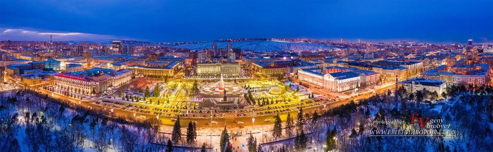 Красноярск фото съемка квадрокоптер фотограф дрон Новый год елка администрация площадь мира