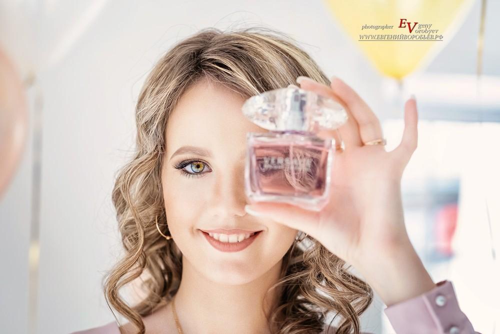 девушка духи подарок фотосессия фотограф Красноярск запах парфюм модель аромат