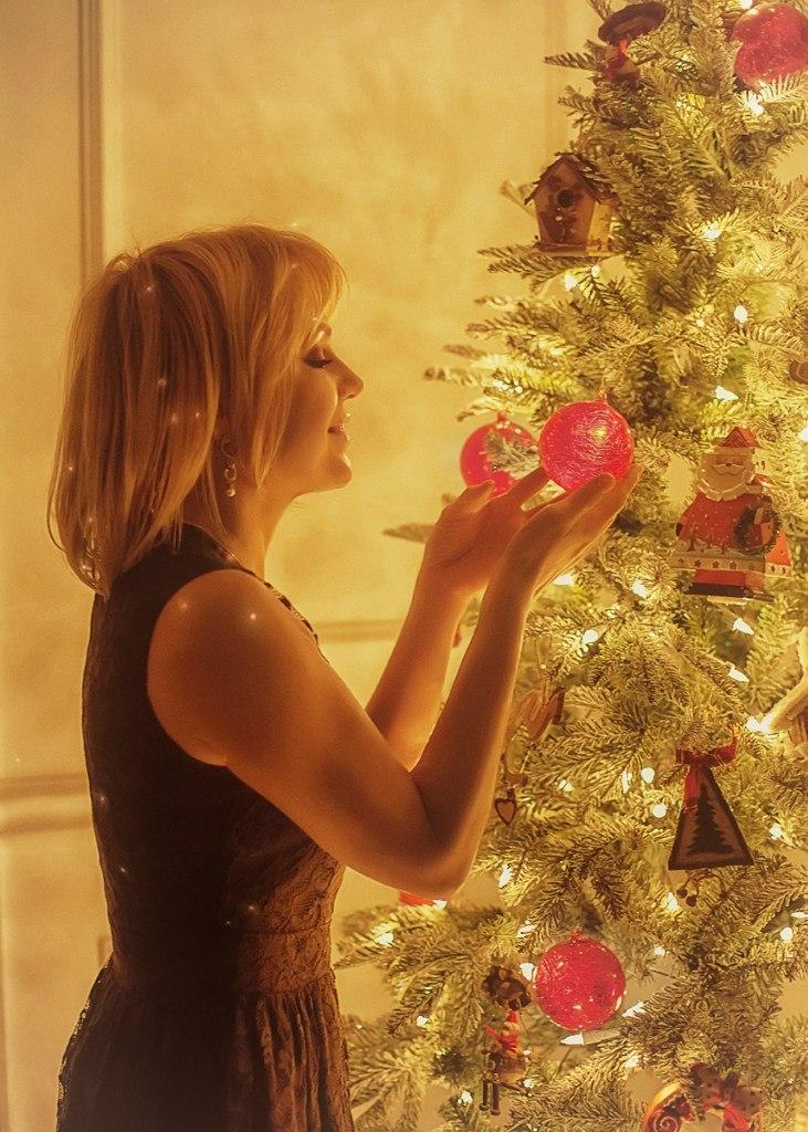 фотостудия Красноярск новогодняя фотосессия фотограф студия красивая девушка эротика новый год