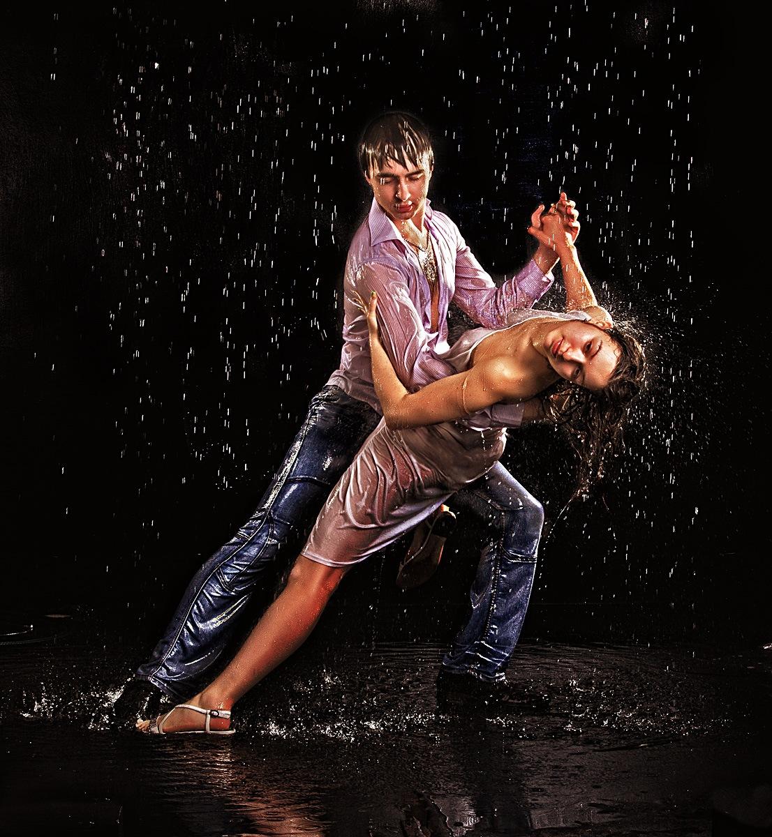 фотостудия Красноярск фотосессия фотограф студия аквазона вода съемка красивая девушка эротика танец