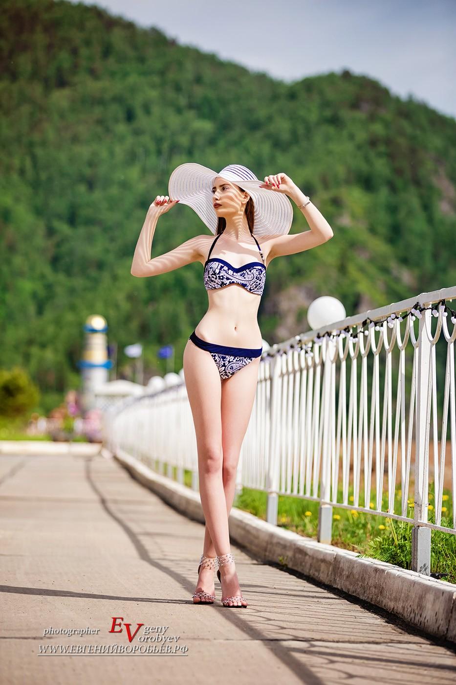 красивая девушка в купальнике фотосессия фотограф Красноярск секси эротика