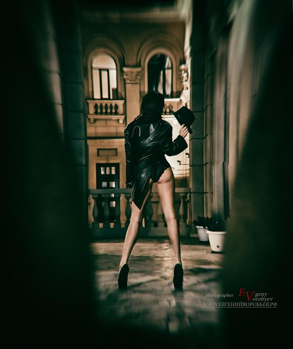 фотосессия  фотограф Красноярск sexy девушка белье улица попа ноги грудь