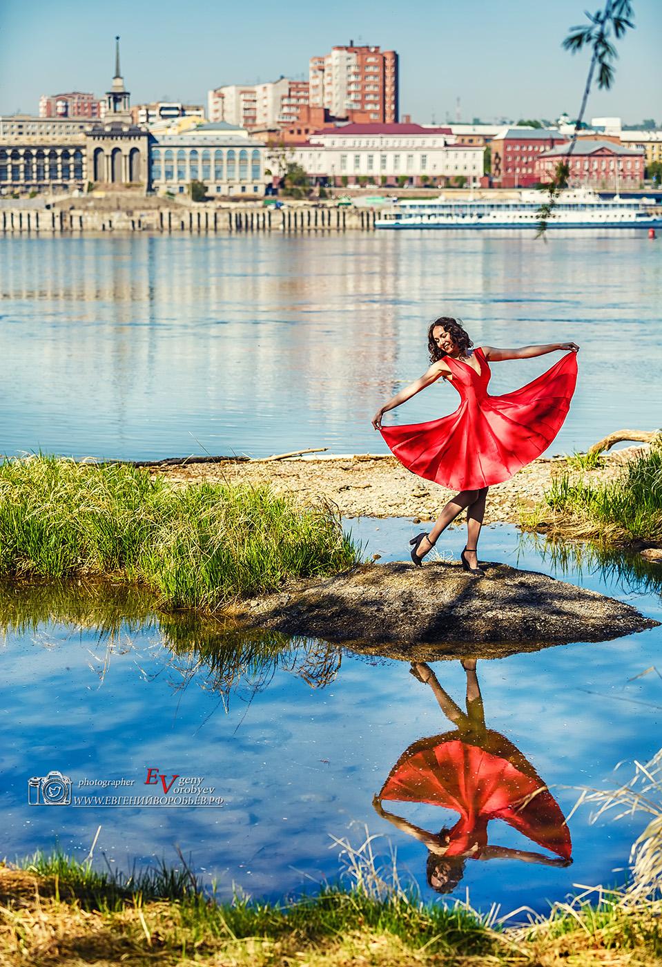 красивая девушка фотограф фотосеесия место Красноярск набережная