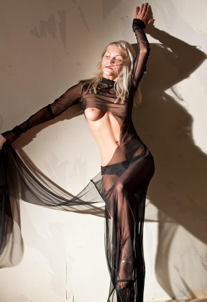 фото обнаженной девушки ню эротика голая грудь сексуальная красивая попа бельё туфли Красноярск идея