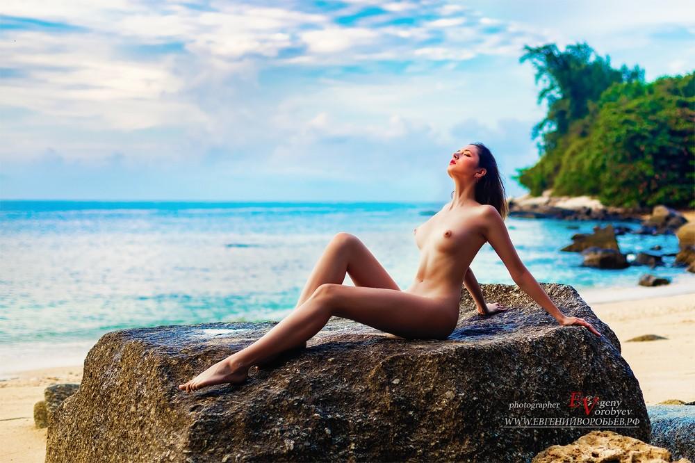 эротика фото обнаженная девушка пляж море Тайланд Пхукет ню фотограф Красноярск секс грудь
