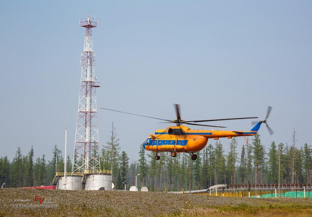 Вертолет взлет посадка фотосъемка фотограф Красноярск Роснефть вахта аэрогео