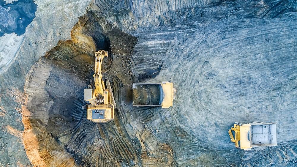 Индустриальная промышленная фотосъемка Полюс Белаз карьер добыча золота экскаватор Красноярск
