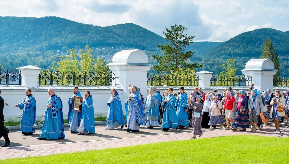 крестный ход успенский мужской монастырь Красноярск патриарх Енисей праздник