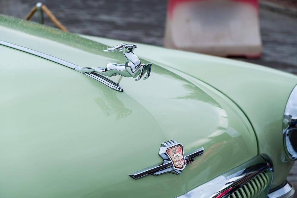 ретро автомобиль волка ГАЗ21 олень машина выставка фотограф фотосъемка Красноярск репортаж