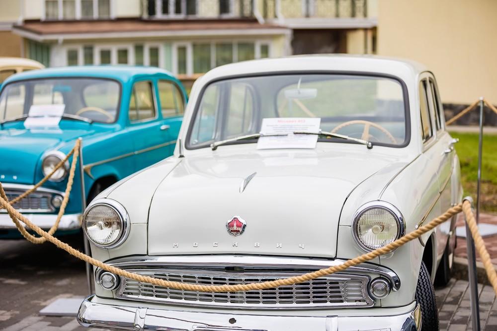 ретро автомобиль москвич машина выставка фотограф фотосъемка Красноярск репортаж