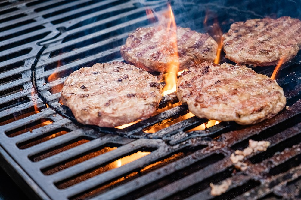 гамбургер котлета шашлык мясо кафе ресторан Красноярск гриль жарить мясо