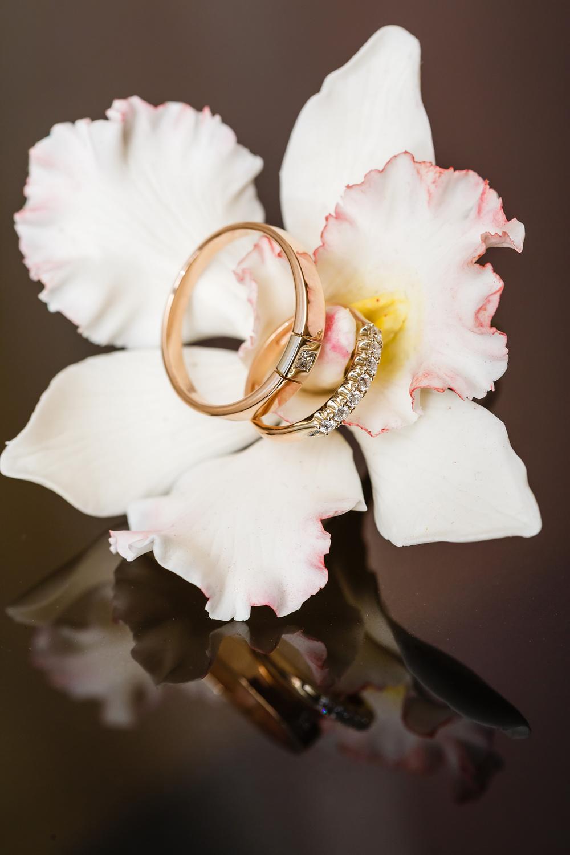 предметная фото съемка Красноярск фотограф ювелир обручальное кольцо