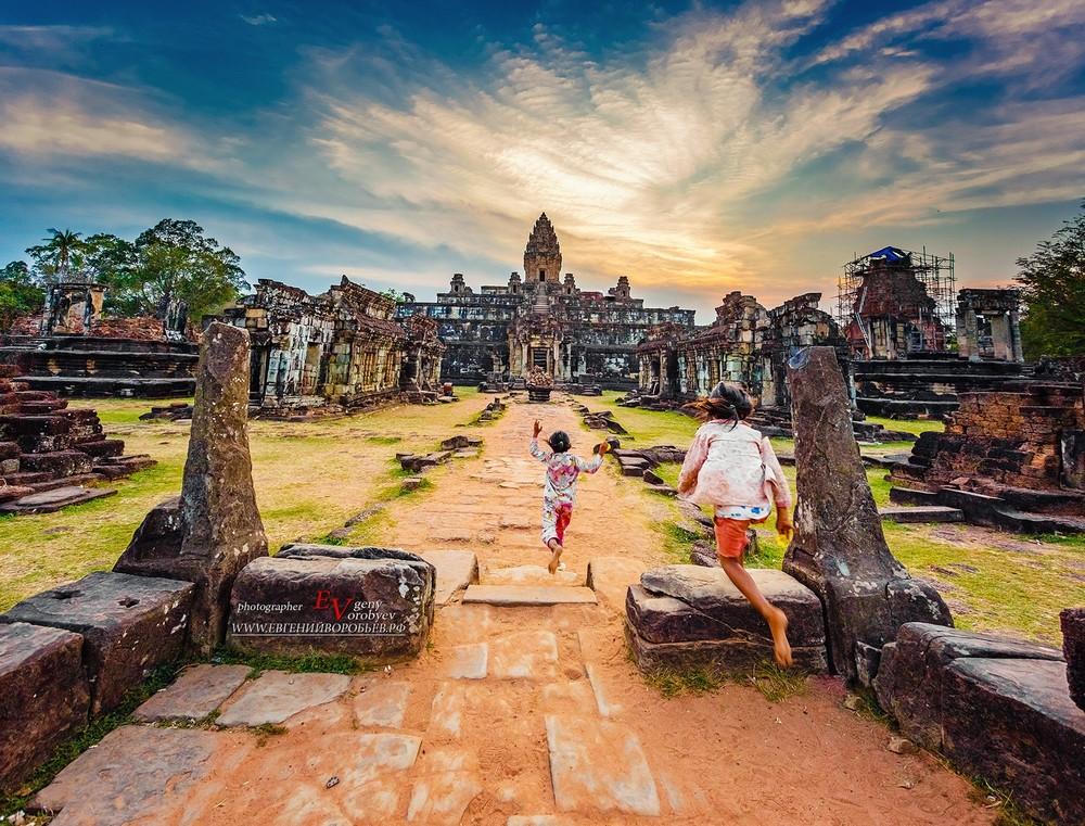 храм Ангкор Ват Камбоджа красивое фото путешествие фотограф Пхукет Тайланд
